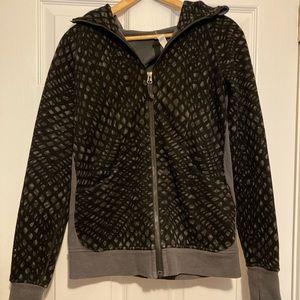 lululemon workout jacket with hood